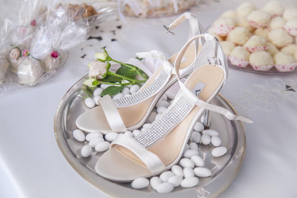 Comment bien choisir une dragée de mariage en guise de cadeau?