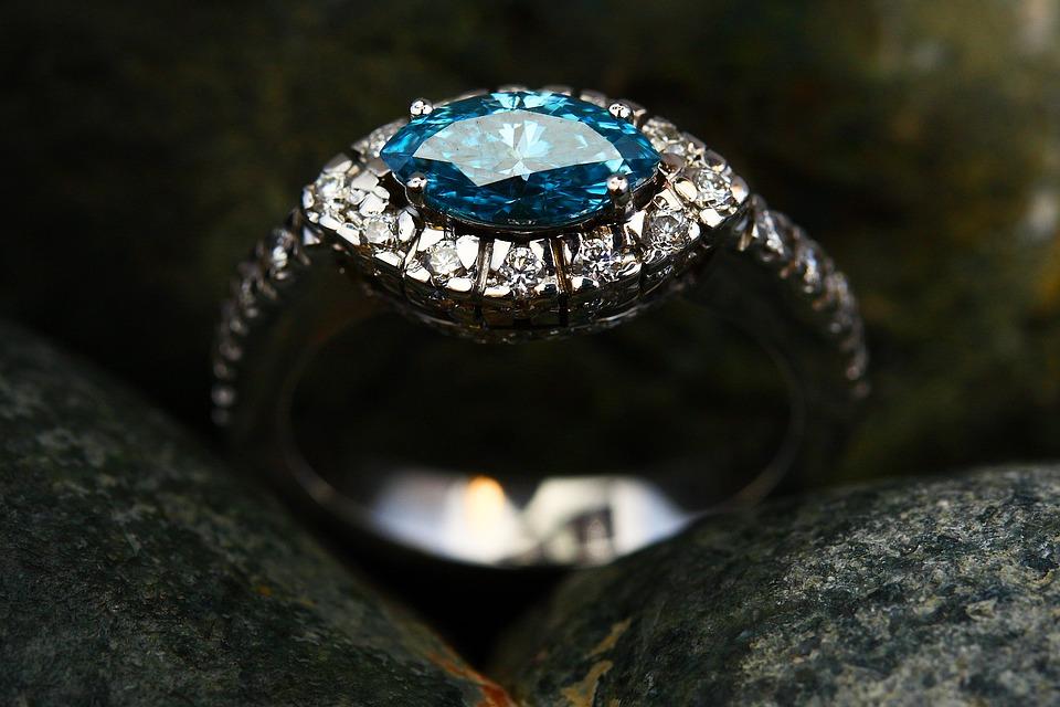 Bijouterie en ligne : L'essentiel sur le certificat de diamant
