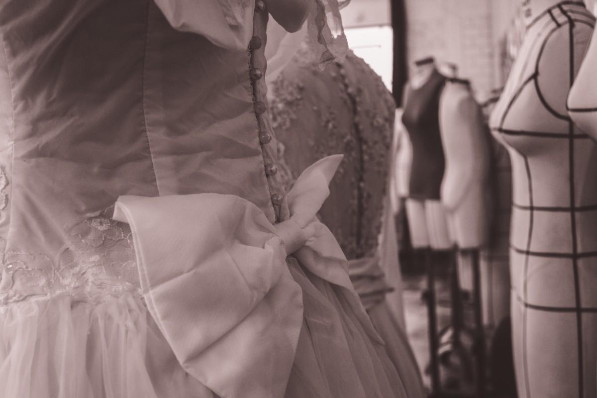 86465db42c4 4 astuces pour porter impeccablement sa robe de mariée le jour J ...