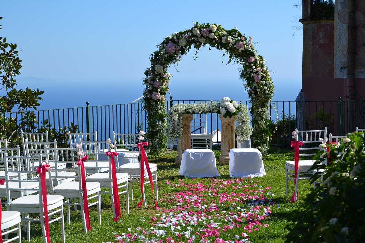 Une cérémonie de mariage laïque